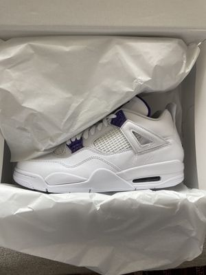 AIR JORDAN 4 PURPLE METALLIC for Sale in Arlington, VA