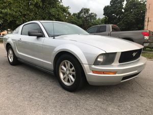 2008 Ford Mustang, Automatic, Clean for Sale in Miami, FL