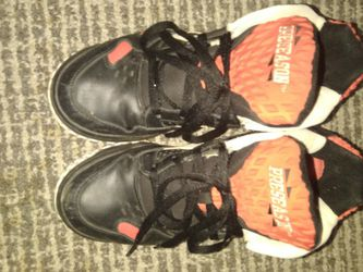 Used Sz.8 Blk/Red Reebok PreSeasons for Sale in Silver Spring,  MD