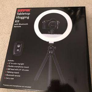 Sunpak Tabletop Vlogging Kit for Sale in Fairfax, VA