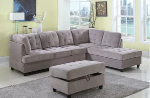 New Grey Sectional with Storage Ottoman for Sale in Puyallup, WA
