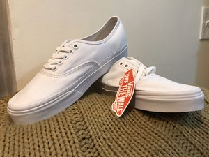 White Vans Sneakers (Size 7 Men's/8.5 women's) for Sale in Brooklyn, NY