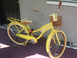 Huffy Crusier for Sale in Tampa, FL