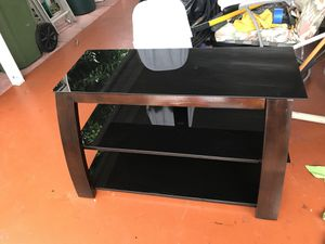 TV Stand ( Good Conditions ) for Sale in Miami, FL