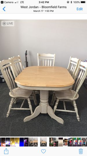 Solid Wood Kitchen table with hidden leaf with 5 chairs for Sale in West Valley City, UT
