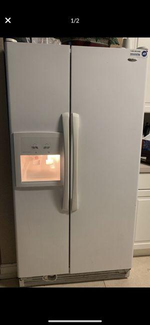 White refrigerator- Amana for Sale in Miami, FL