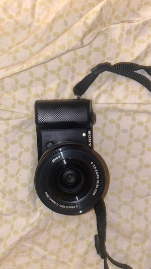 Sony A5000 for Sale in Plano, TX