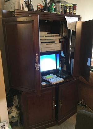 Cabinet desk top for Sale in Los Angeles, CA