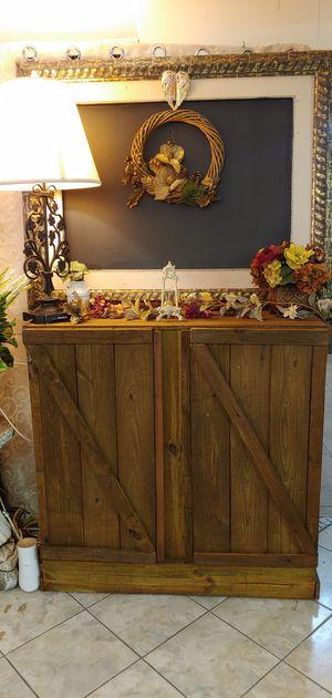 Rustic Cabinet for Sale in La Feria, TX