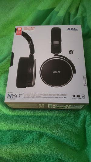 Wireless bluetooth headphones for Sale in Richmond, VA