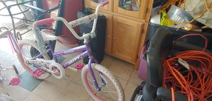 Girls bike for Sale in Kissimmee, FL
