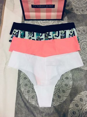 New Authentic Victoria's Secret Thongs Size Medium for Sale in Bellflower, CA