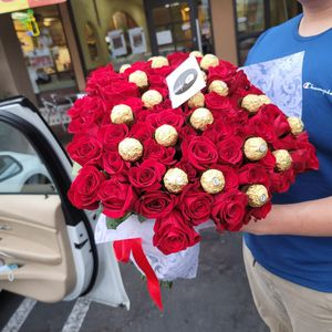100 Roses for Sale in San Diego, CA
