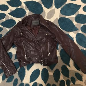 Maroon leather jacket for Sale in West Palm Beach, FL