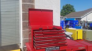 Mac tool box no key but has slide lock inside to lock drawers new cylinder lock $5 for Sale in Tracy, CA