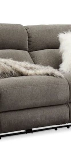 Wave Dual-Power Reclining Sofa (VALUE CITY) for Sale in Columbus,  OH