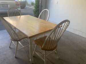 Cute Dinning Table for Sale in Fresno, CA