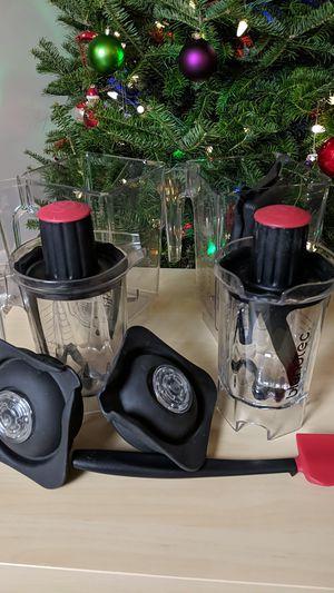 New and like new Blendtec blender jars for Sale in UPPER ARLNGTN, OH