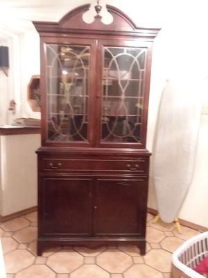 Mahogany Diner Hutch for Sale in Wichita, KS