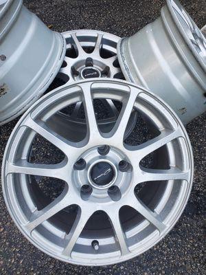 Car Rims Chrome 15 for Sale in Kissimmee, FL