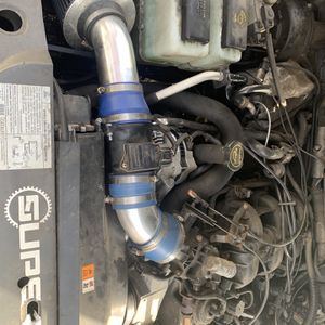 2005 Ford Explorer Sport Trac Intake for Sale in Monroe, CT