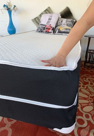 NEW TWIN SIDE MATTRESS WITH BOX SPRING ALL NEW for Sale in Miami Beach, FL