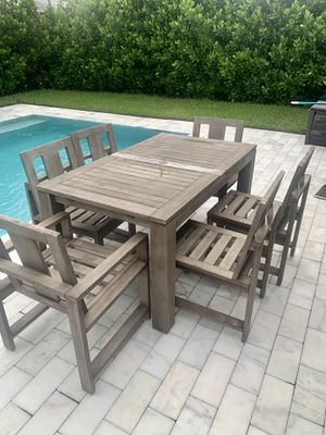 Pottery Barn extender table and chairs for Sale in Wilton Manors, FL