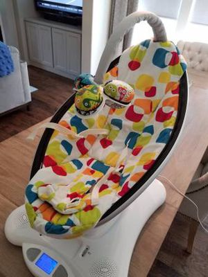 Mamaroo swing in new condition for Sale in Fairfax, VA