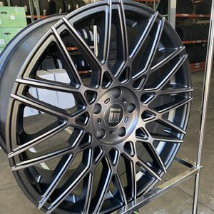 20x8.5 5x114.3 Rim And Tire Package for Sale in Olympia, WA