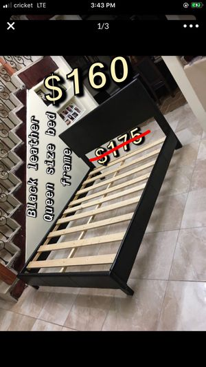 🌹$160 Beautiful black leather Queen size bed frame, good conditions very sturdy, asking $160 Will also deliver to your house for extra gas money de for Sale in Mercedes, TX