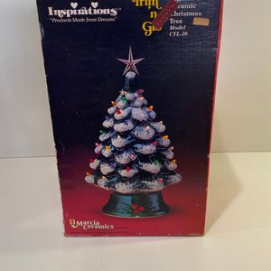19in Vintage Ceramic Christmas Tree 1982 for Sale in Brea, CA