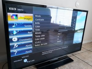 "TV Panasonic smart 3D 50"" pulgadas for parts or repair for Sale in Houston, TX"