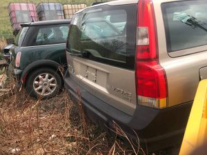 VOLVO V 70 XC AWD -PARTS CAR OR WHOLE CAR!!! for Sale in Denver, CO