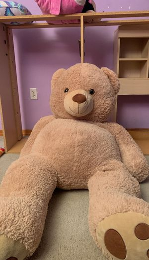 5ft GIANT teddy bear for Sale in Miami, FL