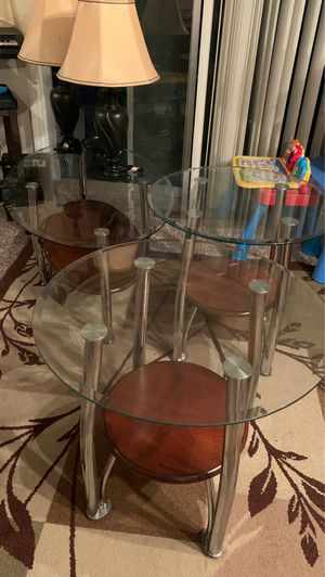 Glass Coffee table 2 side 2 lamps for Sale in Tigard, OR