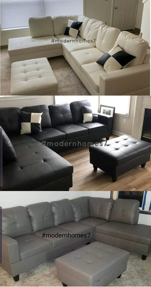 Grey / black / white sectional sofa with storage ottoman for Sale in Buena Park, CA