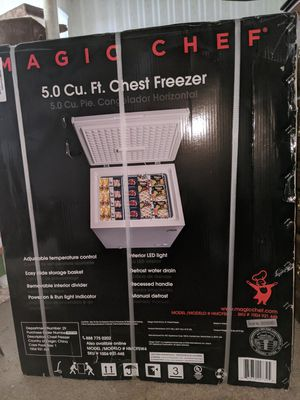 Magic Chef - 5.0 cu ft CHEST FREEZER for Sale in Livonia, MI