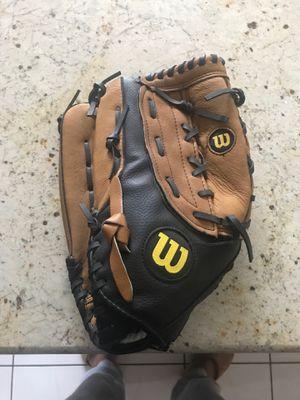 Wilson A360 Baseball Glove for Sale in Woodbridge Township, NJ