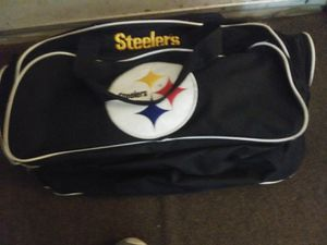 Pittsburgh Steelers duffle bag good for traveling can hold alot for Sale in Lewisburg, PA