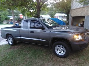 Dodge Dakota V6 extra cab for Sale in Jefferson City, MO