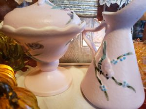 Hull serenade pink candy dish with lid and pitcher vintage for Sale in Montesano, WA