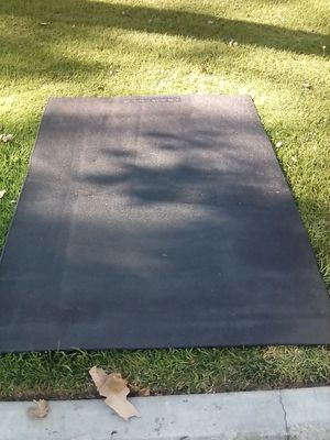 Rubber mat by busy body for Sale in Paramount, CA