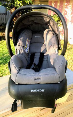 !! Infant Car Seat by Maxi Cosi for Sale in San Fernando, CA