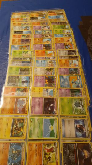 GET IT WHILE YOU CAN:::Mixed set of 185 pokemon cards... Today Only $250.00 for Sale in San Leandro, CA