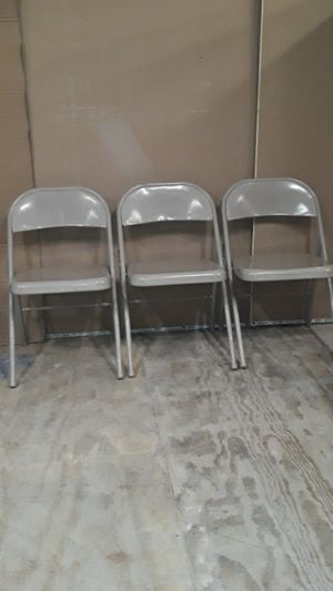 3 folding chairs for Sale in North Providence, RI