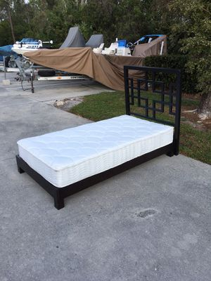 Twin Size Bed & Frame 🚗 DELIVERY AVAILABLE for Sale in Bonita Springs, FL