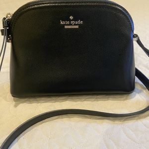 Kate Spade ♠️ Beautiful And Exelent Purse Ready For Christmas!🎁🎄🎉 for Sale in Chula Vista, CA