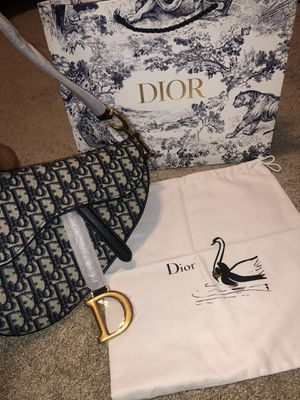 DIOR Saddle Bag- 2020 Collection for Sale in Los Angeles, CA