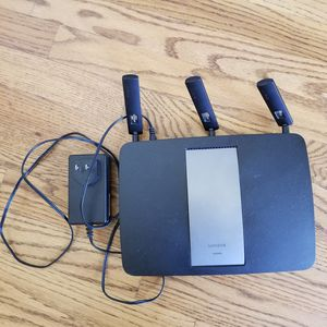 Linksys EA6900 wifi router for Sale in Spring, TX