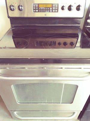 Ge stainless steel stove convection oven for Sale in Orlando, FL